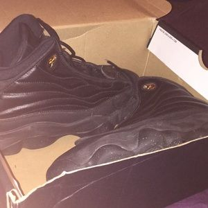 Size 6 Jordan's in men size